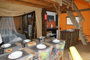 onze safari lodge tenten